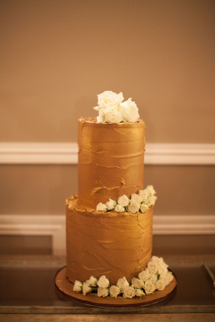 Paul + Chloe's Wedding captured by Feather + Stone Photography at Mirra Private Dining in the Valley. Cake by Cake Star