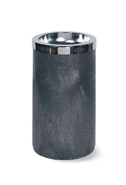 Cendrier avec couvercle de métal