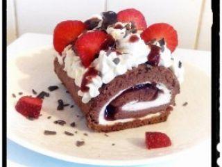 Gâteau roulé choco fraise