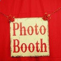 The ultimate DIY wedding photobooth tutorial   Offbeat Bride