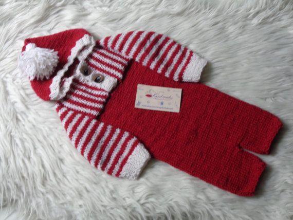SIZE6/12 Months.Merry Christmas.Newborn Pants by knitsdwarfs