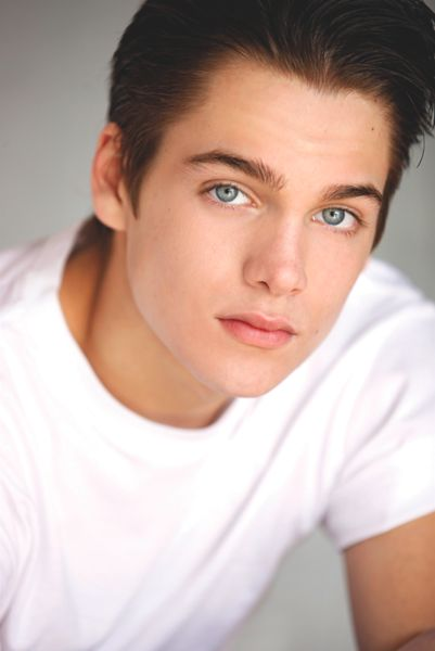 25+ Best Ideas About Dylan Sprayberry On Pinterest