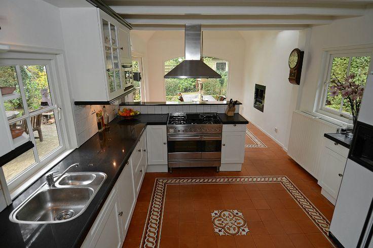 Meer dan 1000 idee n over u vormige keuken op pinterest keukens keuken opstellingen en keuken - Open keuken op verblijf ...