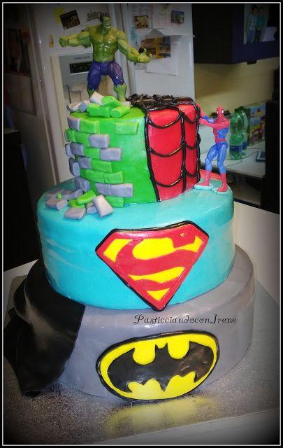 Pasticciando con Irene: Torte decorate da me - Torta Super Eroi 3 Piani