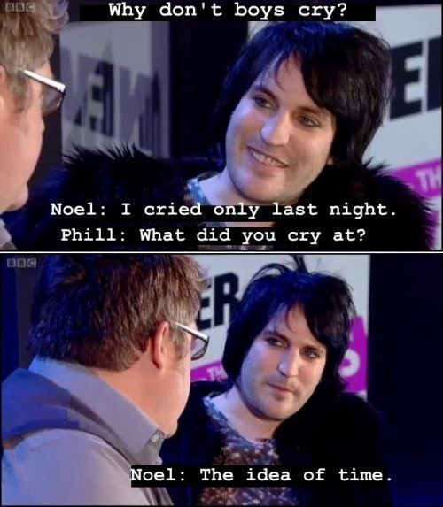 When he eschewed stereotypical gender roles and proved that men do cry. | 22 Times Noel Fielding Was The Most Weirdly Hilarious Man In Britain