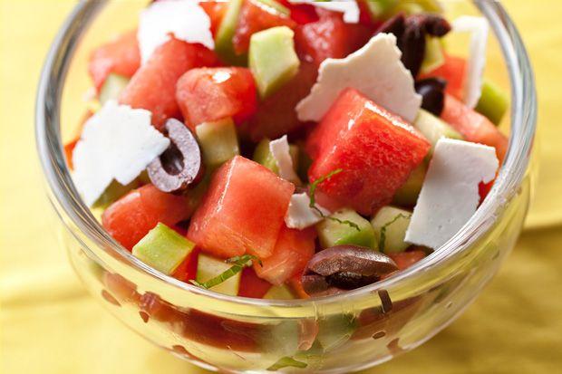 insalata di anguria olive greche e pomodoro