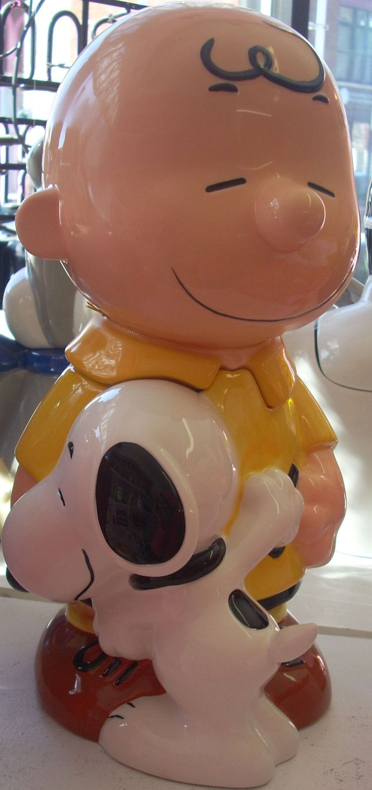 SOLD/Available at Jazz'e Junque in Chicago ~ www.jazzejunque.com/Peanuts Charlie Brown & Snoopy cookie jar $59.99
