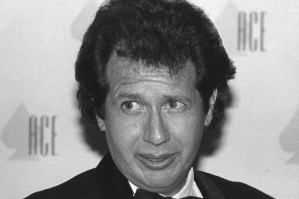 Cute Comedians praise Garry Shandling, dead at 66. Description from antiquejades.com. I searched for this on bing.com/images