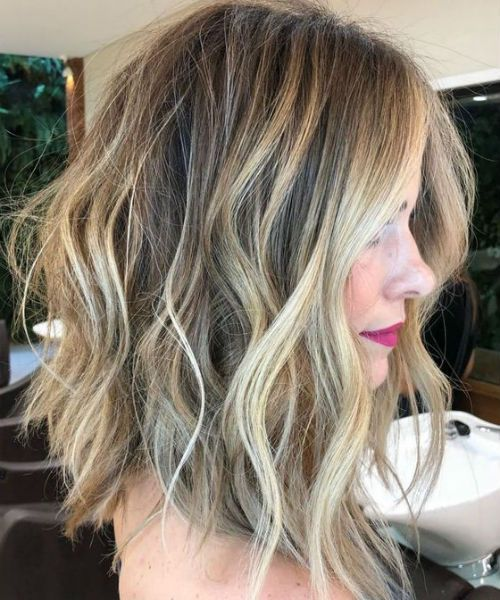 16 Of The Romantic Medium Layered Hairstyles 2019 That Will Amaze Everyone