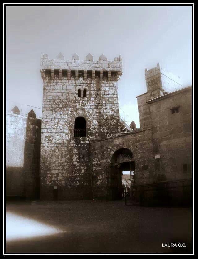 Castillo de vimianzo morada de los duques de altamira