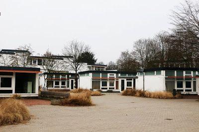 Vista patio Scholl-Gesamtschule Lünen // Hans Scharoun  #Scharoun #Lünen #Geschwister #schule #architecture #arquitectura #alemania