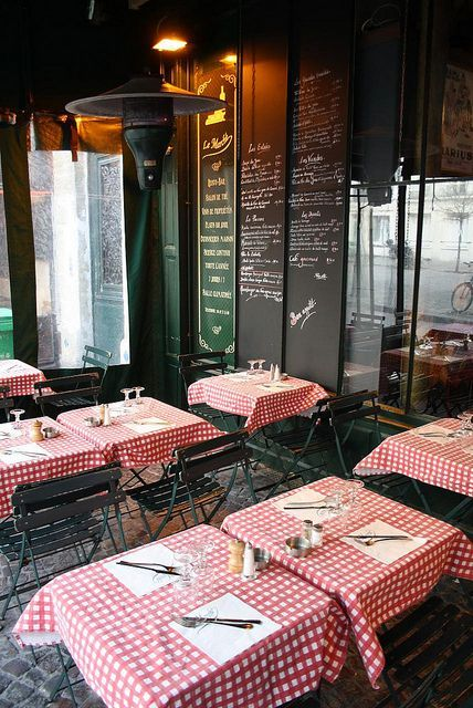 italian cafe decor, ideal styling for an eat-in kitchen