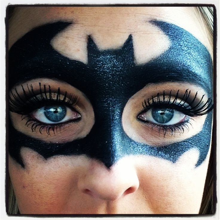 best 25 gesicht schminken batman ideas on pinterest batgirl face paint vestido con cuello. Black Bedroom Furniture Sets. Home Design Ideas