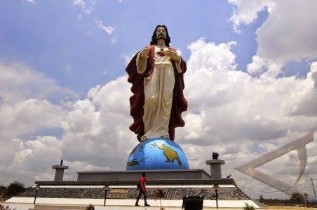 Ironi NTT Di Balik Patung Yesus Tertinggi di Dunia: Kuantitatif Bukan Kualitatif