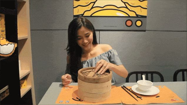 Hello Kitty creators Sanrio made a dessert that vomits custard and poos chocolate sauce   Metro News