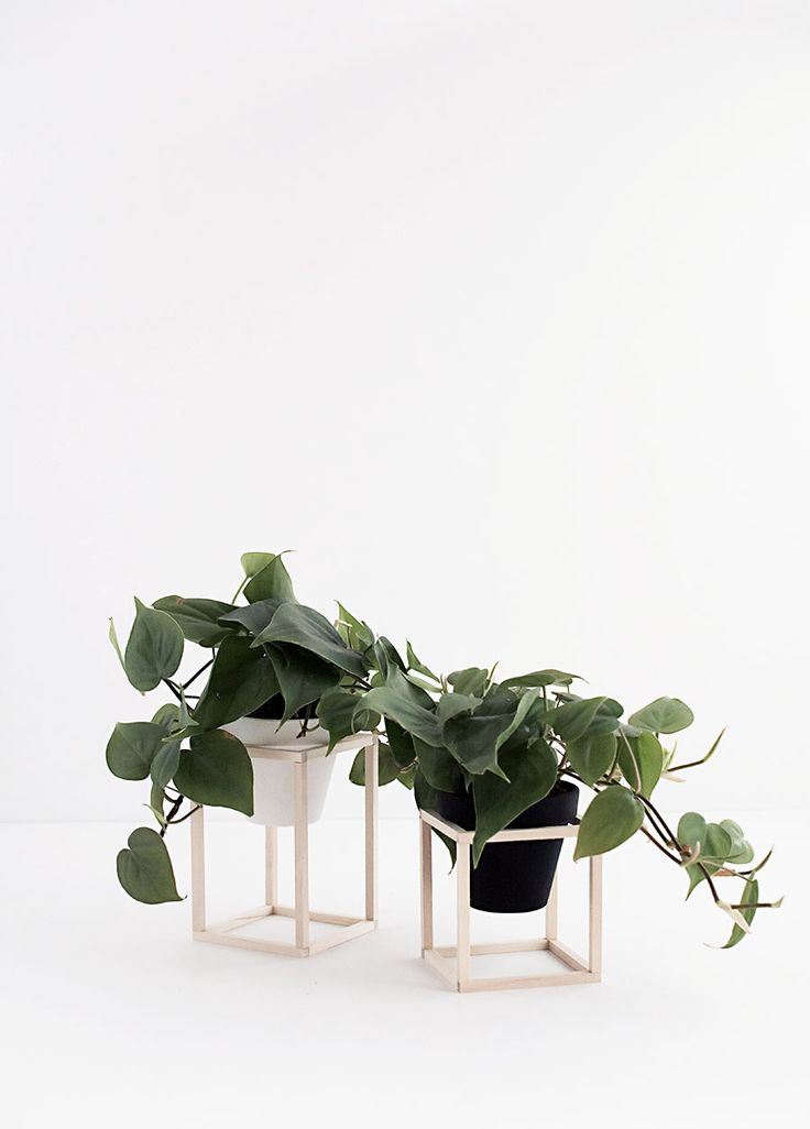 DIY Mini Wood Plant Stands - spray paint lantern stand from Kmart