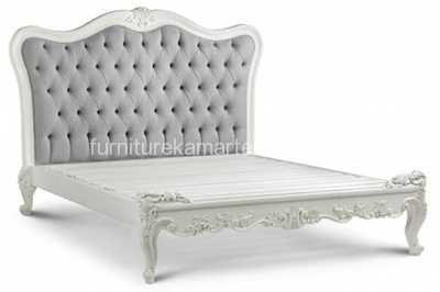 Dipan Ukir Mewah  Jok Cantik | Dipan Minimalis | Tempat Tidur Ukir | Jual | Harga | Desain | Foto | Gambar | Mewah | Furniture Jepara | Mebel Jepara | Furniture Kamar Terbaru | Furniture Kamar