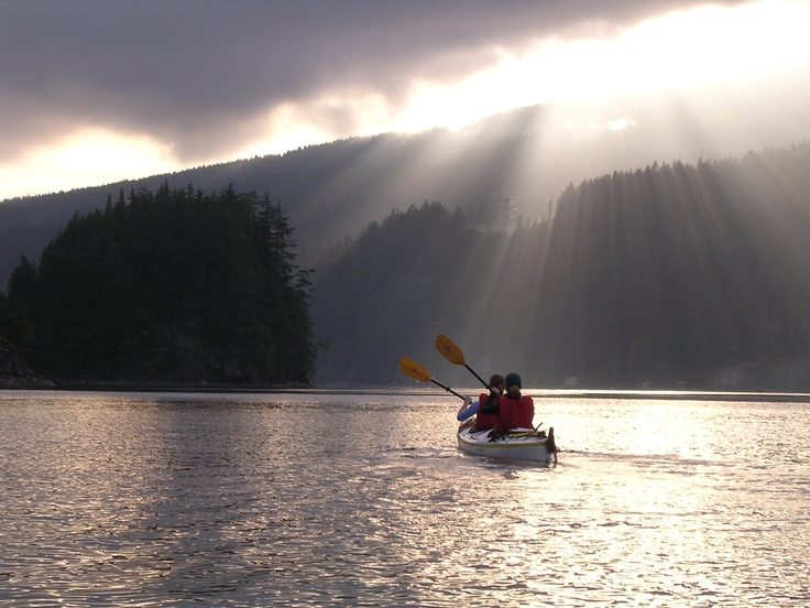 Any Vancouverite will tell you that one of the most beautiful places in all of B.C. is just north of downtown Vancouver: the majestic Deep Cove. This ocean inlet is a picture-perfect world of mountains, sky and water, teeming with wildlife. Here you can bond with each other over the beauty of nature - and a little adventure. Deep Cove Canoe & Kayak Centre has kayaks and paddle boats for all skill levels, so don't worry if you're new to the sport.