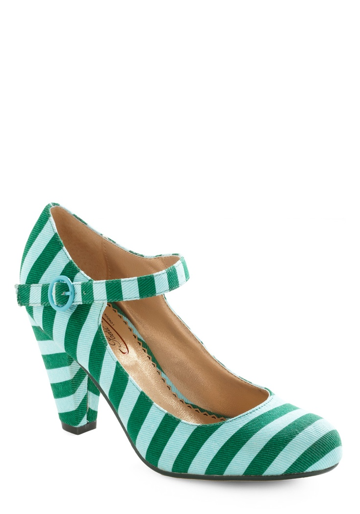 Cute! Love them.: Green Shoes, Sweetie Heels, Stripes Heels, Fun Shoes, Funny Shoes, Green Stripes, Cinquain Sweetie, Modcloth Com, Stripes Shoes