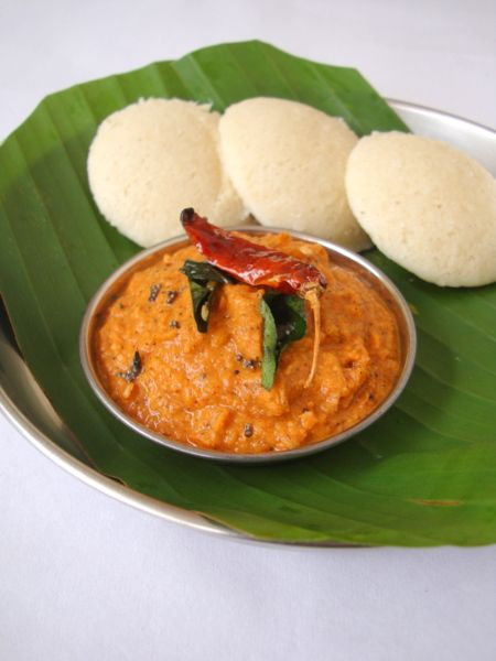 Chettinad Tomato Chutney with Idli