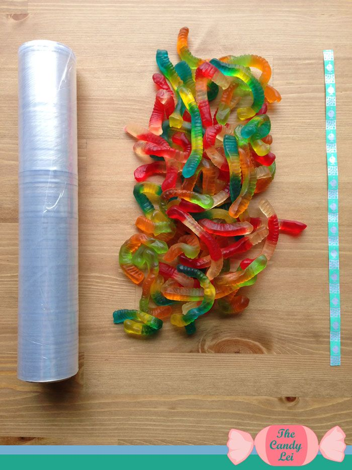 This is going on my must do this year. My son is graduating and I know he would LOVE this graduation lei. He loves to eat gummy worms. Now if only there was one for Swedish Fish...