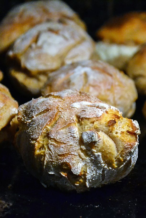 http://sokzycia.pl/buleczki-twarogowe/ #roll #petitpain #bulka. #cottagechees #tearog #sniadanie #kolacja #supper #brekfast #healthy #healthfood #vegetarian #vegetarianfood #taste #aftergym #sugarfree