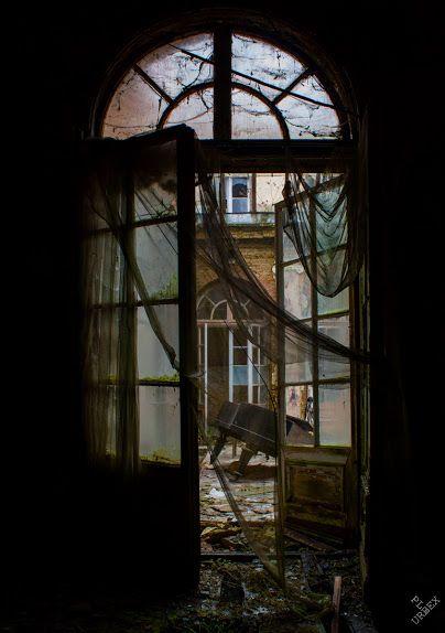Report - Abandoned palace - Bratoszewice (near Lodz) - Poland - January 2014