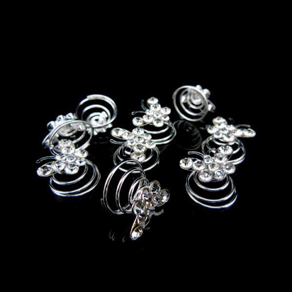 Onze prachtige curlies vlinder strass is een mooi bruidsaccessoire voor een prachtig kapsel.