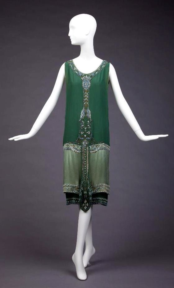 HISTORICAL DRESSES FOR 1920s PARTY