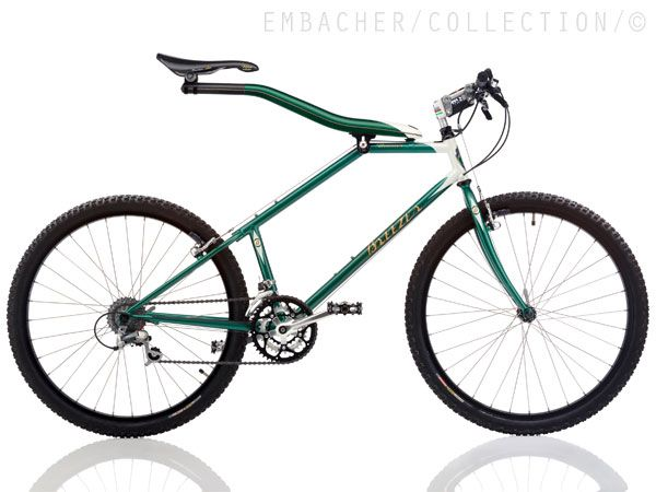 """BREEZER Beamer  1992, USA  Frame: Steel and Carbon varnished  Bicycle gearing: 3x7  Brakes: Rim Cantilever / Rim Cantilever  Tyres: 26"""" Wired Tyre / 26"""" Wired Tyre  Weight: 25,57 lbs"""