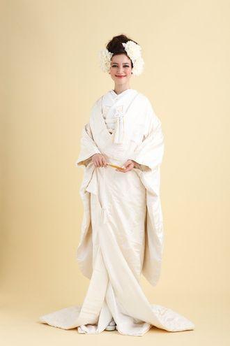ラ レンヌ(La Reine) 伝統の白無垢もラレンヌスタイルで