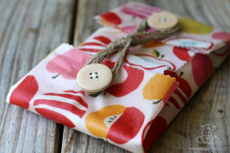need: organic cotton fabric (best as cotton highly sprayed) and natural beeswax plus tiny bit of jojoba oil... bake in oven and sew a couple buttons - must make these!