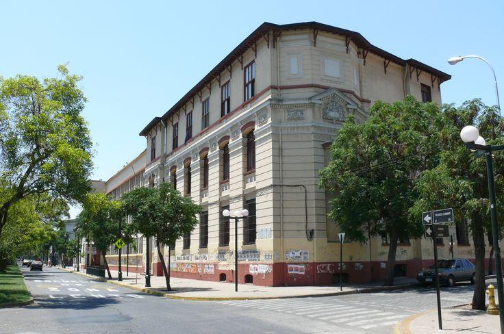 liceo-aplicaciones-fachada-antes.jpg (2048×1360)