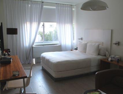 happy hotel room!
