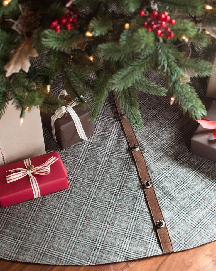 Add Some Dazzle Into Your Christmas Tree With Balsam Hills Glen Plaid Skirt