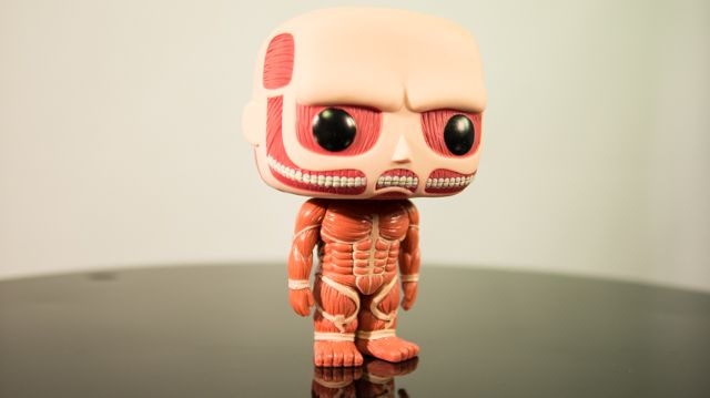 Toy review: Funko Pop! Animation #23 Attack on Titan, Shingeki no Kyojin, Colossal Titan (with video)