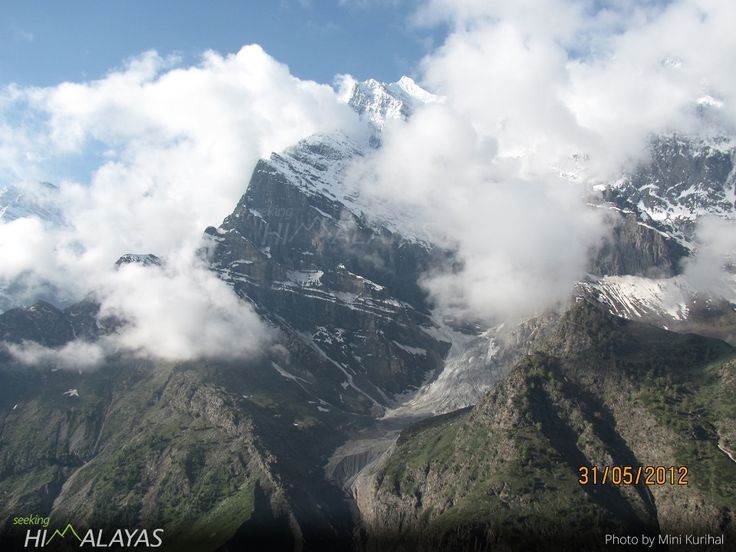 Beautiful #Lahaul ( #Himachal Pradesh)  photo sent by: Mini Kurihal. Previously featured as #PhotoOfTheWeek #4 . Email us your photographs to share the joy of mountains and get featured in the 'photo of the week' feature!