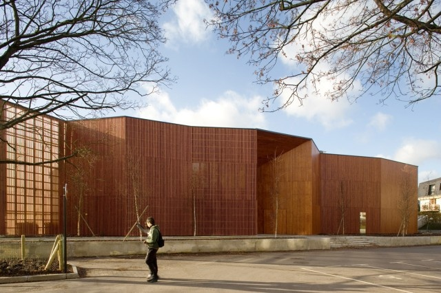 Fassio-Viaud architects + David Devaux > Centre culturel Paul Bailliart France