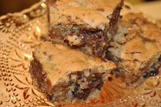 The Kitchen Guardian: Congo Bars...a cross between Brownies and Choc Chip Cookies!