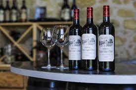 Venez découvrir les vins du Château Franc Grâce Dieu. Pour cela il vous suffit de réserver votre visite sur Wine Tour Booking