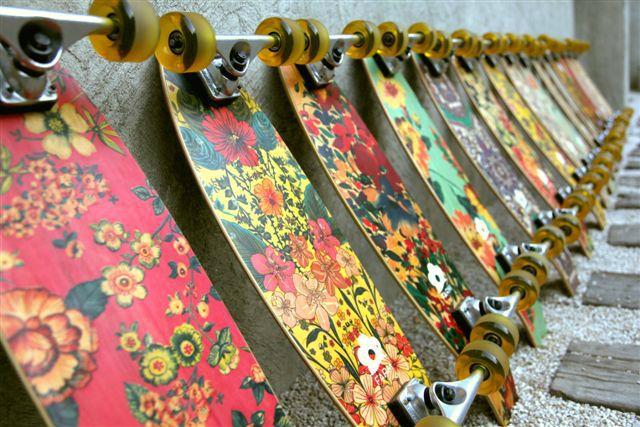 Farm lança skates femininos  Via: www.usefashion.com