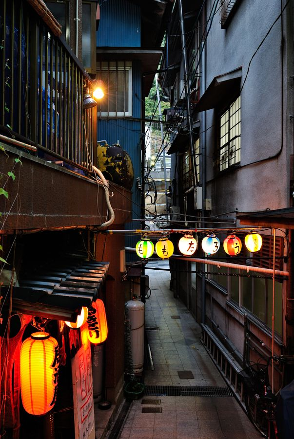 Tsuetate-onsen. LOVE the little back streets with traditional decor and mystery. Very cozy. #japan #kumamoto