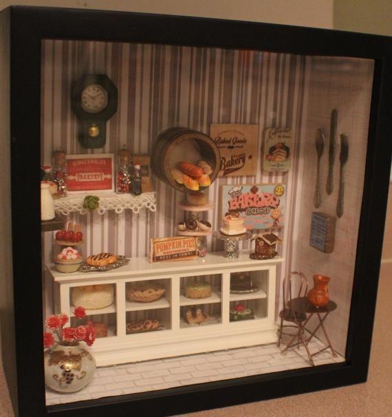 2 Pieces 1:12 Dollhouse Miniature Flower Photo Frame Model Home Wall Arts