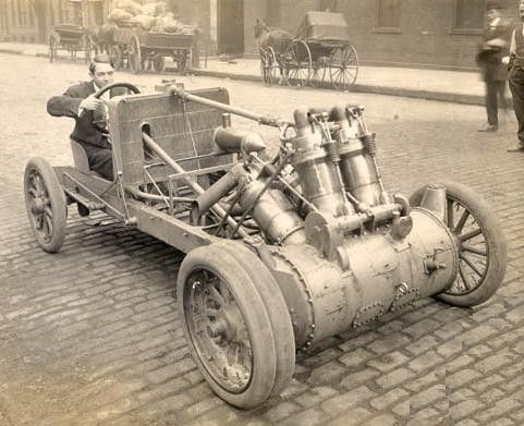 1907 Christie 20-litre V4 Racer  ===>   https://de.pinterest.com/pin/401735229237535168/