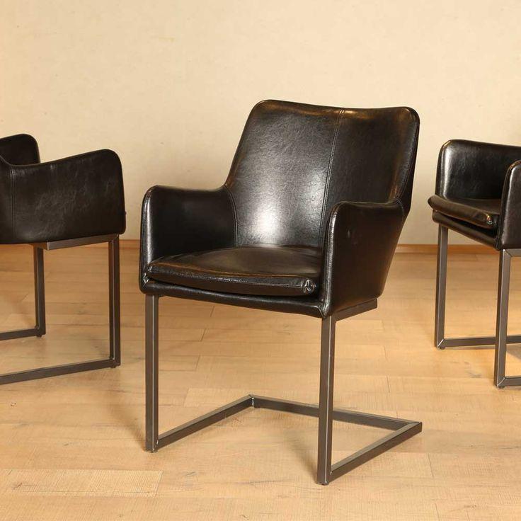 Freischwinger Sessel in Schwarz modern Jetzt bestellen unter: https://moebel.ladendirekt.de/kueche-und-esszimmer/stuehle-und-hocker/freischwinger/?uid=d3e779d2-016a-59d0-bfde-68049da4283f&utm_source=pinterest&utm_medium=pin&utm_campaign=boards #freischwinger #kueche #wohnzimmersessel #sessel #wohnzimmer #esszimmer #hocker #schwingsessel #stuehle