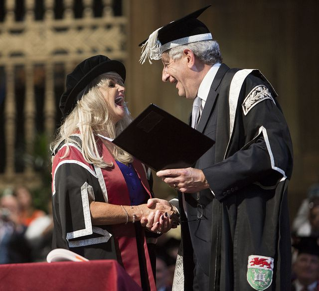 Bonnie Tyler accepts her Honorary Award on stage by Swansea University #bonnietyler #thequeenbonnietyler #therockingqueen #rockingqueen #2013 #wales #swansea #swanseauniversity #honorarydegree #music #rock