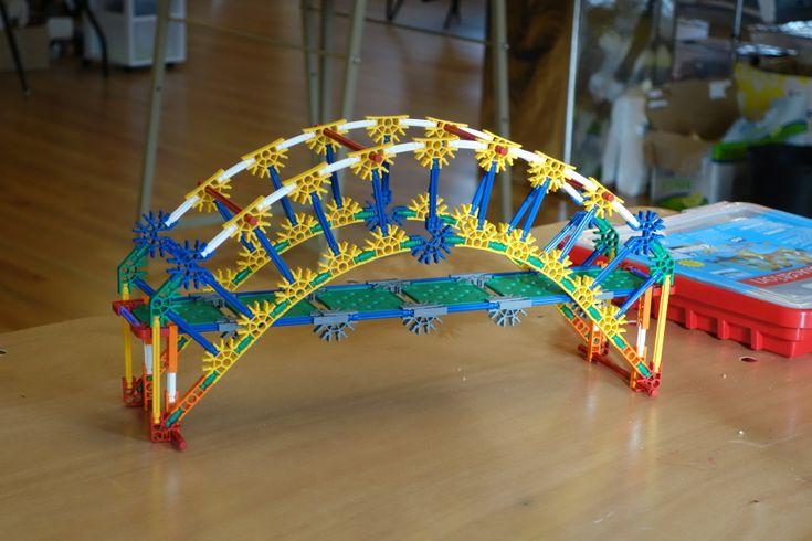 K'nex bridge - DIY
