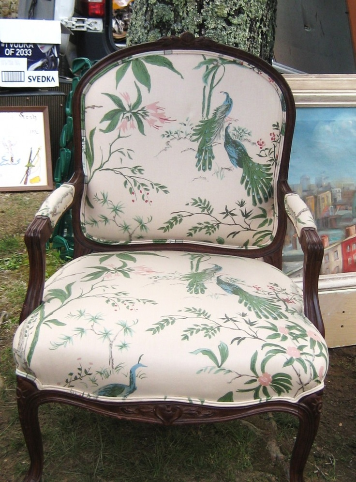 gorgeous asian-inspired upholstery - photo by Ivy de Leon #brimfield