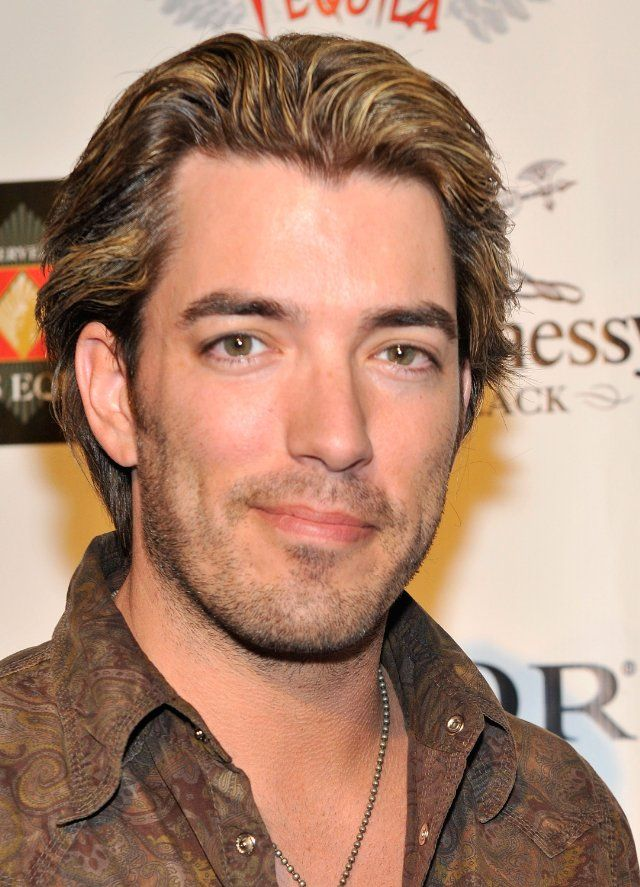 Jonathan Silver Scott from Property Brothers  (always go with the one who can use a hammer)  Love a crooked smile.