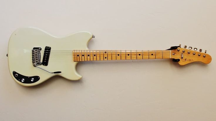 This Leo Fender designed 1982 SC-1 with avibrato tailpieceis an exceptionally rare and collectible G&L model. Total production run of all SC-1's totaled less than 250 guitars. The build quality was very high on these models like Leo was out to prove something. You can look a long time and n...